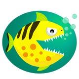 Karikatur der grünen Piranha lächelte glücklich mit Wasserblasen Vektor Lizenzfreies Stockbild