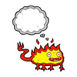Karikatur wenig Feuerdämon mit Gedankenblase Stockbild