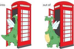 Karikaturdrache geht in und aus Telefonzelle heraus Englisches gramm Stockfotos