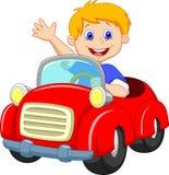 Karikaturjunge im roten Auto stock abbildung