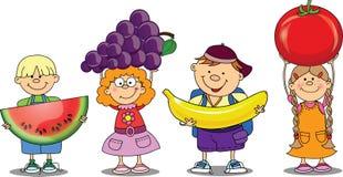 Karikaturkinder mit Früchten Lizenzfreies Stockfoto