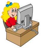 Karikaturmädchen, das mit Computer arbeitet Stockfoto