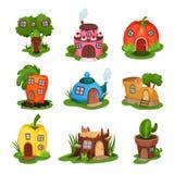 Karikatursatz Märchenhäuser in den verschiedenen Formen Haus in der Form des Brokkolis, Kuchen, Kürbis, Karotte, Teekanne, Schuh stock abbildung