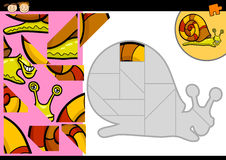 Karikaturschnecken-Laubsägenrätselspiel Stockbilder