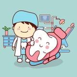 Karikaturzahnarzt mit dem Zahn lizenzfreie abbildung