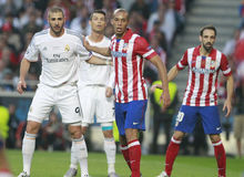 Karim Benzema and Joao Miranda Final  Champion League 2014 Royalty Free Stock Images