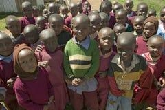 Karimba szkoła z dziecko w wieku szkolnym w Północnym Kenja, Afryka Fotografia Stock