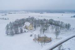 Karja教会在萨列马岛爱沙尼亚 库存照片