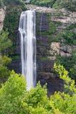Karkloof在米德兰平原下跌,美丽的瀑布 免版税库存图片