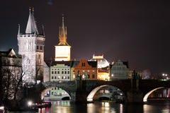 Karlův больше всего (Карлов мост) в Праге, чехии стоковое фото