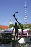 Karl Valentin Brunnen fontanna przy Viktualienmarkt w Monachium, Bav Fotografia Royalty Free