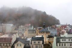 Karlovy меняет городской пейзаж стоковое изображение rf