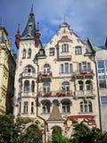 Karlovy varía, un edificio antiguo Foto de archivo libre de regalías