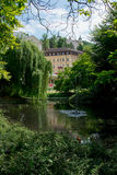 Karlovy varia, estaciona o jardim Foto de Stock Royalty Free