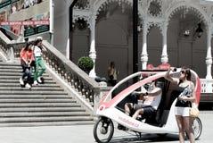 Karlovy varieert centrum, toeristische scène, Tsjechische Republiek Stock Foto's