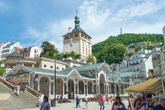 Karlovy varieert centrum, TrÅ ¾ nà Kolonà ¡ DA, Tsjechische Republiek Stock Fotografie