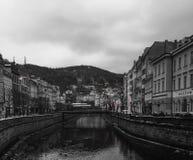 Karlovy varieert de Rivier hete lentes Royalty-vrije Stock Foto's