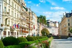 Karlovy Vary-Architektur stockfotografie