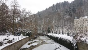 Karlovy Vary im Winter lizenzfreie stockbilder