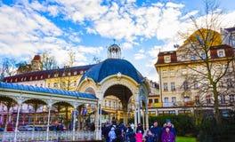 Karlovy Vary, République de Cszech - 1er janvier 2018 : Colonnade de Hot Springs à Karlovy Vary Images stock
