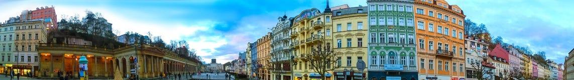 Karlovy Vary, République de Cszech - 1er janvier 2018 : Le panorama du centre de Karlovy Vary Photographie stock