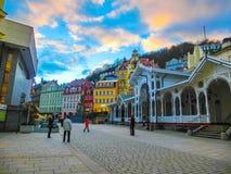 Karlovy Zmienia, Cszech republika - Styczeń 01, 2018: Gorących wiosen kolumnada w Karlovy Zmienia Fotografia Stock