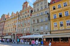 Karlovy Zmienia, republika czech dom na głównej ulicie w miasteczku Karlovy Zmienia - Czerwiec 20, 2012 - fotografia royalty free