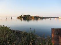 Karlshamn kasztelu wyspy ranku słońce Obrazy Stock