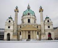 karlskirche维也纳冬天 免版税库存图片
