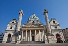 Karlskirche (圣查尔斯教会, 1737)。维也纳,奥地利 免版税库存照片
