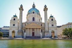 Karlskirche em Viena, Áustria Fotografia de Stock Royalty Free