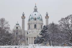 Karlskirche Wenen in de winter Royalty-vrije Stock Fotografie