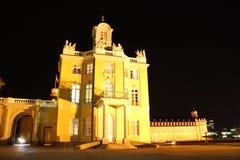 Karlsruhe slott på natten Arkivbild