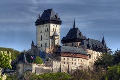 Karlstejn - gotisches Schloss lizenzfreie stockfotografie