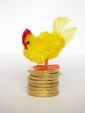 Karmazynka Kłaść Złotych jajka Obraz Stock