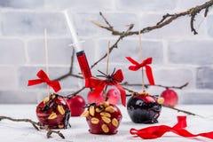 Karmelizujący cukierku jabłko fotografia stock