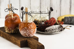 Karmelizujący jabłka - Halloween desset dodatkowej jesień karciany format Obrazy Royalty Free