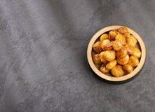 Karmelizujący quinoa sia quinoa - Chenopodium - Odgórny widok zdjęcie royalty free