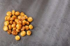 Karmelizujący quinoa sia quinoa - Chenopodium - Odgórny widok fotografia royalty free