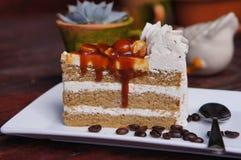 Karmelu kawowy tort Zdjęcie Royalty Free