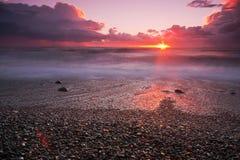 Karmosinröd strand Royaltyfria Bilder