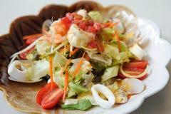 karmowy japoński sałatkowy owoce morza zdjęcia stock