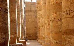 Karnak寺庙的了不起的次附尖霍尔。 库存图片