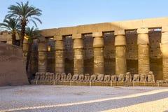 Karnaktempel, de ruïnes van de tempel stock fotografie