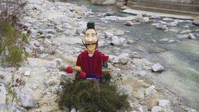 Karnawałowa postać palić w Xanthi, Grecja zbiory