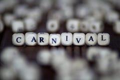 Karnawałowy słowo pisać na drewnianym sześcianie Zdjęcia Royalty Free