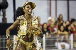 Karnawałowy muzy samby tancerz Brazylia Ivi Mesquita Obraz Stock