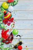 Karneval- eller mardigras anmärker på bakgrund arkivfoto