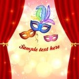 Karnevalaffischmallen med maskerar och gardinen Arkivfoto