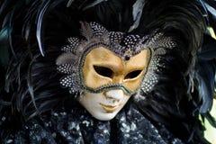 karnevaldräktmaskering venice Arkivbild